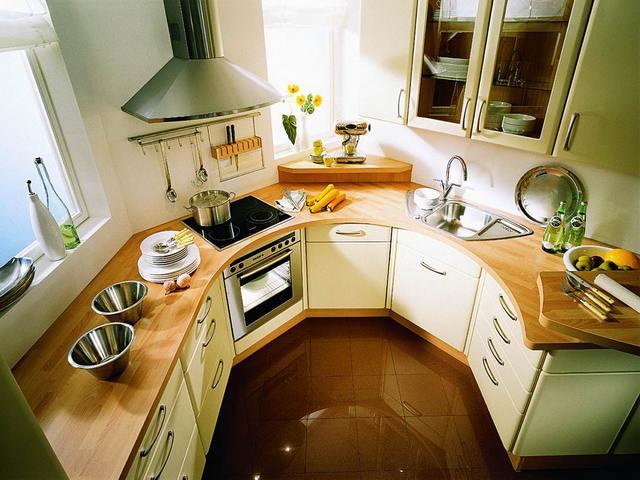 Интериор на малка кухня: Как да увеличим визуално пространството?