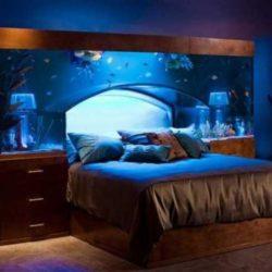 """Нестандартна спалня за големи и легла """"за маниаци"""""""