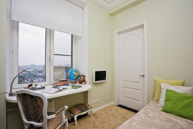 bedroom office 10