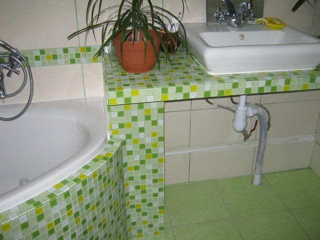 green bathroom 14