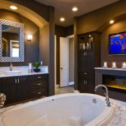 Телевизор за баня лукс