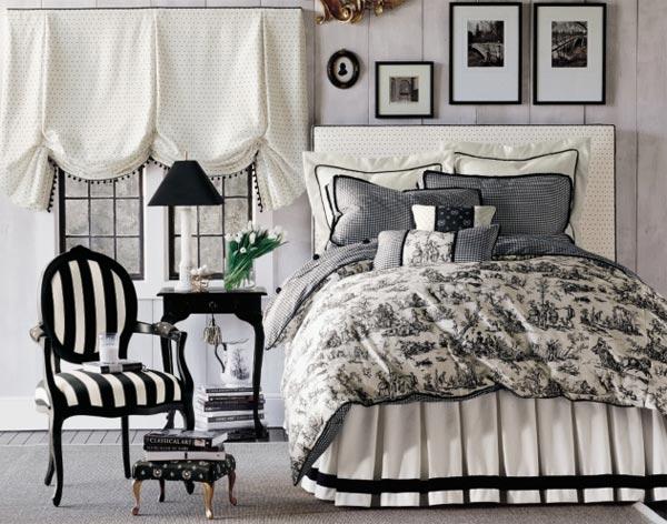 black_and_white_interior-