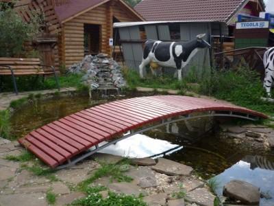 dekorativen most gradina 12