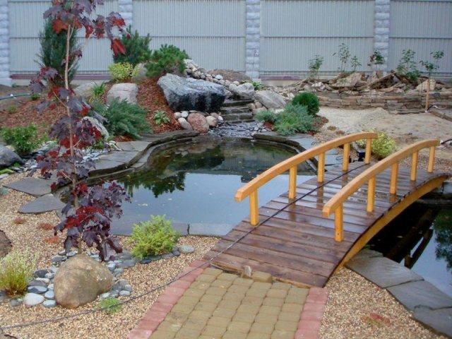 dekorativen most gradina 6