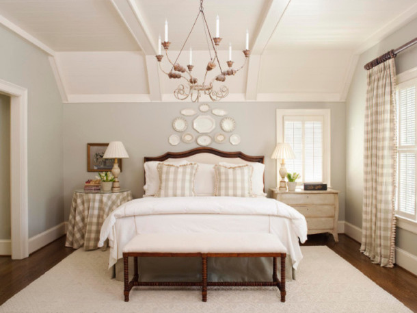 traditional-bedroom-spalnya