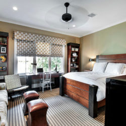 Обзавеждане за малък апартамент: Какво да подредя около прозореца?
