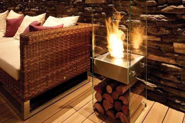 Направи си сам: Стъклена камина с камъни