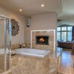 От подиум до камина: Нестандартни идеи за оригинален интериор на баня