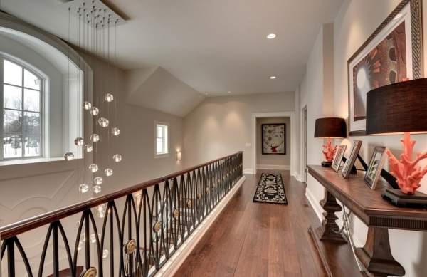 Дизайн на стълбите на втория етаж