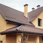 Ремонт на покрива: 5 задължителни поправки, които трябва да направите това лято