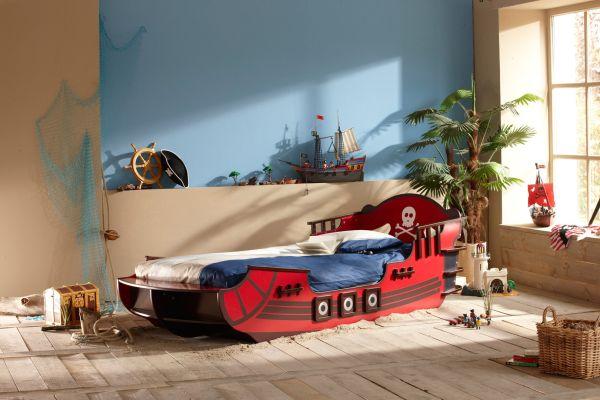 """Пиратска детска стая и направи си сам легло """"Пиратски кораб"""" с тайници"""
