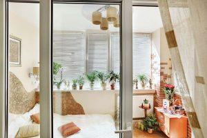 Спалня на балкона – голяма възможност за малък апартамент