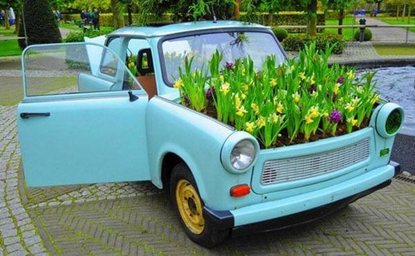 Направи си сам цветарник от стара кола